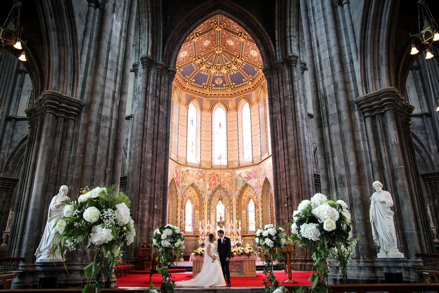 Newly married couple of the alter at Kilkenny Cathedral